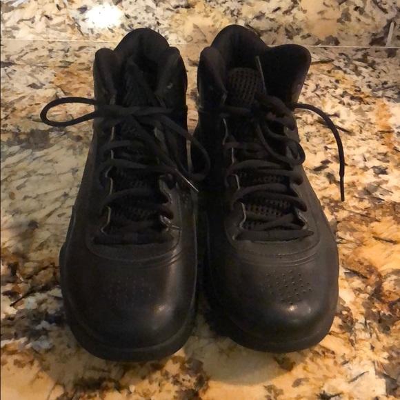 Fila Men's Euro Jogger II BlackWhiteGum Sneakers Shoes Sz: 8